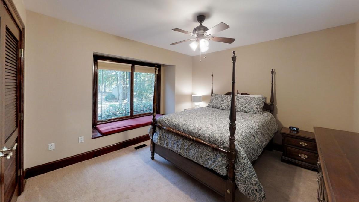 Bedroom #3 with Queen