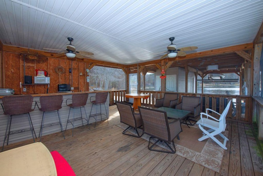 Waterfront screened porch